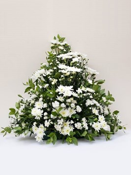 Funeral : Flat Back Spray Arrangement Option 5 - AV