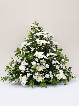 Funeral : Flat Back Spray Arrangement