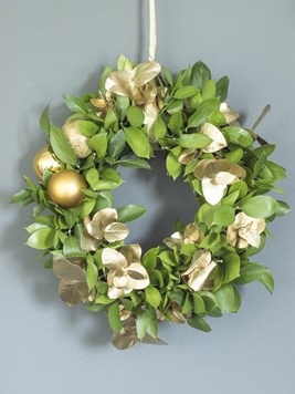 Arrangements: Golden Green DIY Wreath