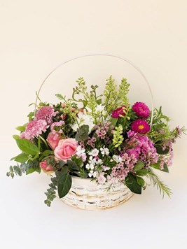 Arrangements: Pastel Basket